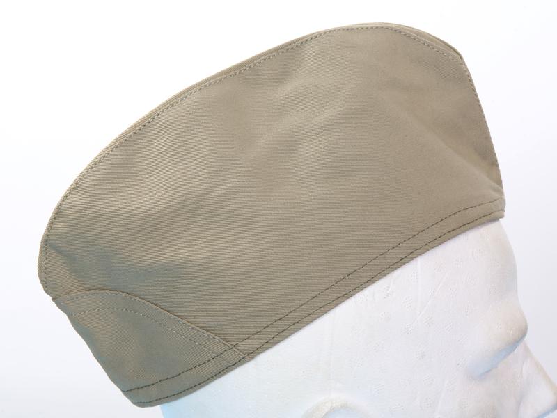 Cappello berretto bustina esercito italiano 1960 militare soldato kaki 8446b646a015