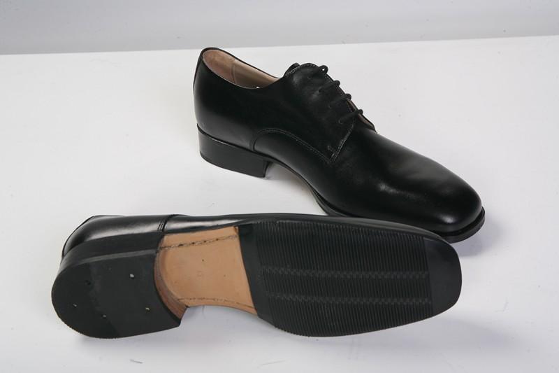 Completo marina militare lupetto pantalone p4 scarpe nere for Cimici nere