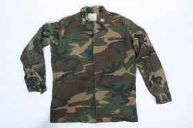 Shirt military man in camouflage polychrome Italian army original