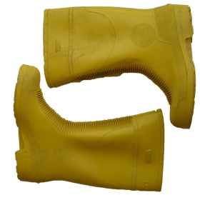 Boots booties leg straps anti-slip rubber warm rain yellow
