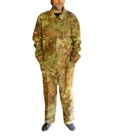 Overalls the worker of the mechanical industry workshop military camo pilot